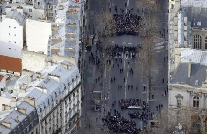 Paris_Hebdo_Demo