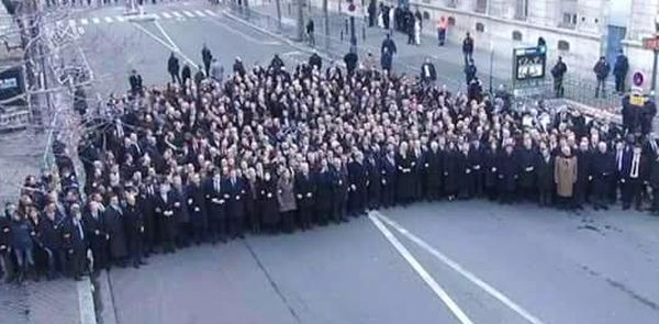 Paris_Hebdo_Demo2